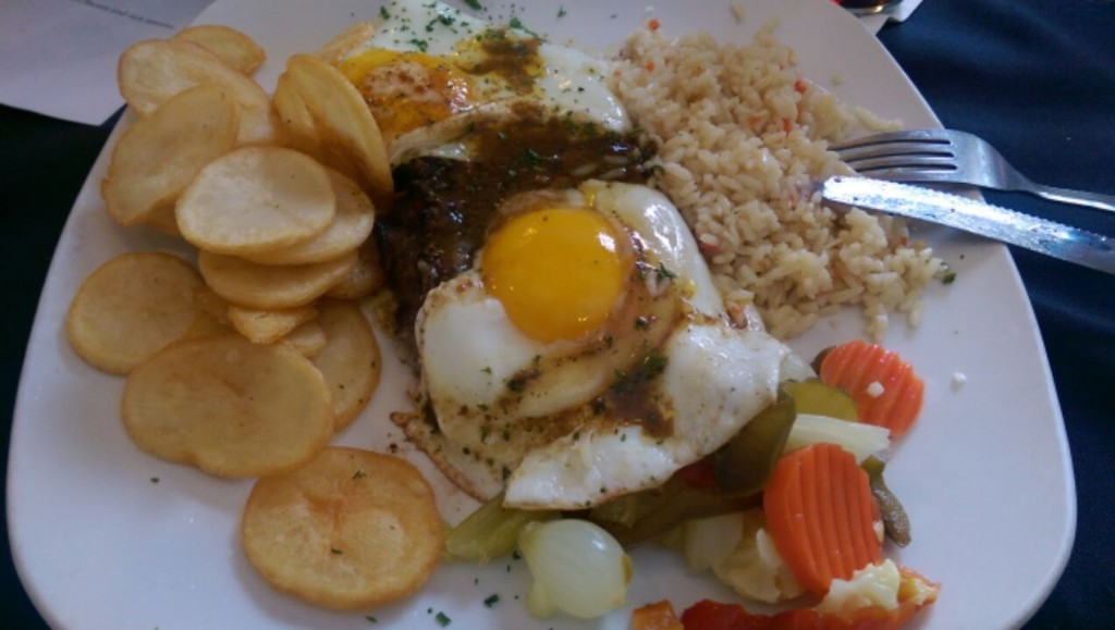 Bife a Portuguesa - Steak and Egg Portuguese Style