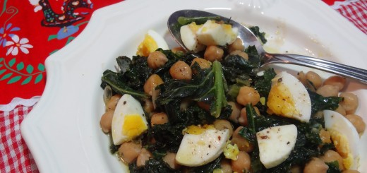 Kale with Chick Peas and Egg