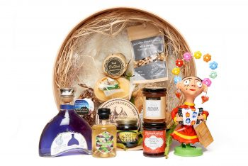 Pote da Gula – Made in Portugal Gift Baskets Ready to Go Portuguese Gift Baskets. Portugal has the most protected products in Europe, identifying a variety of excellence in food products in terms of taste, authenticity and genuineness, with characteristics having roots in the areas of origin through